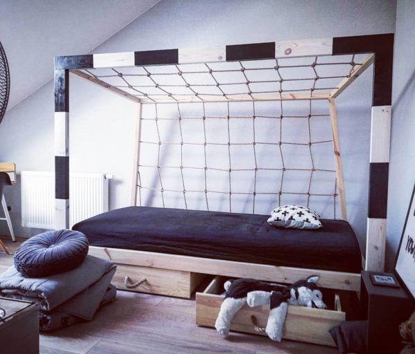 Łóżko bramka piłkarska